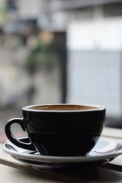prendre un café en terrasse à Châteauneuf-sur-Loire