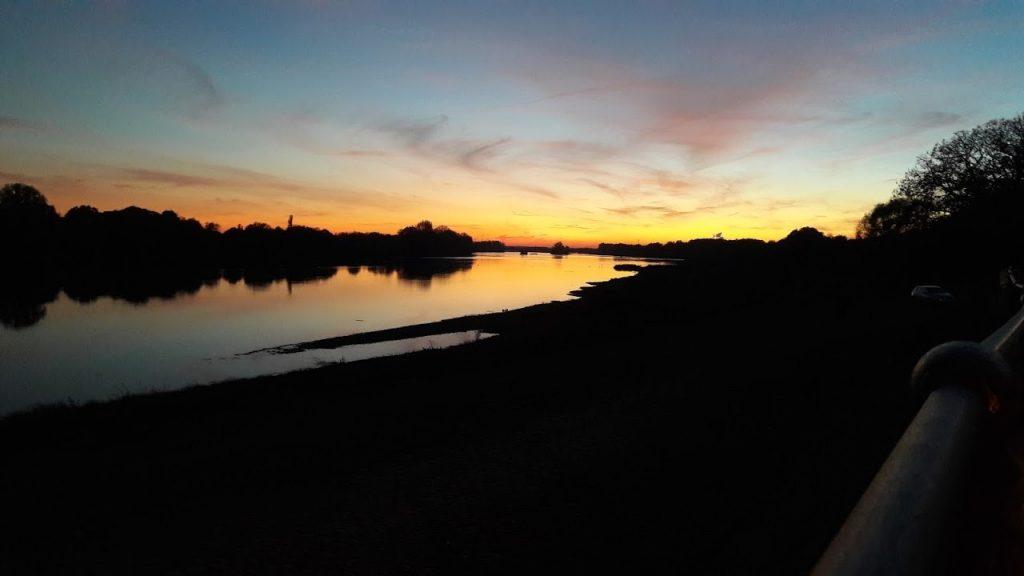 coucher de soleil à Châteauneuf-sur-Loire