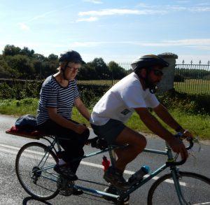 en tandem sur la Loire à vélo
