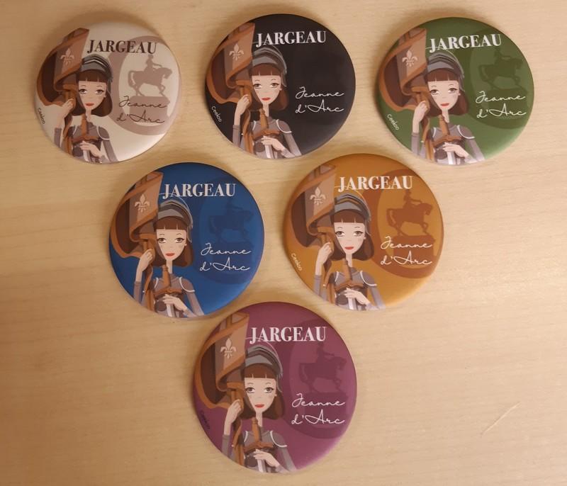 Magnets de Jeanne d'Arc à Jargeau en vente à l'Office de Tourisme