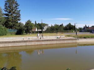 pêcheurs sur le canal d'Orléans
